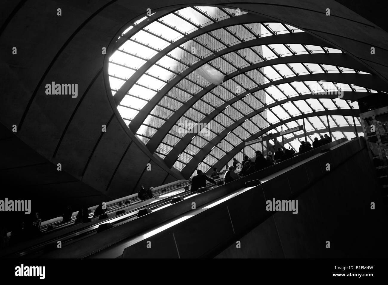 Escalators at Canary Wharf tube station, Docklands, London - Stock Image