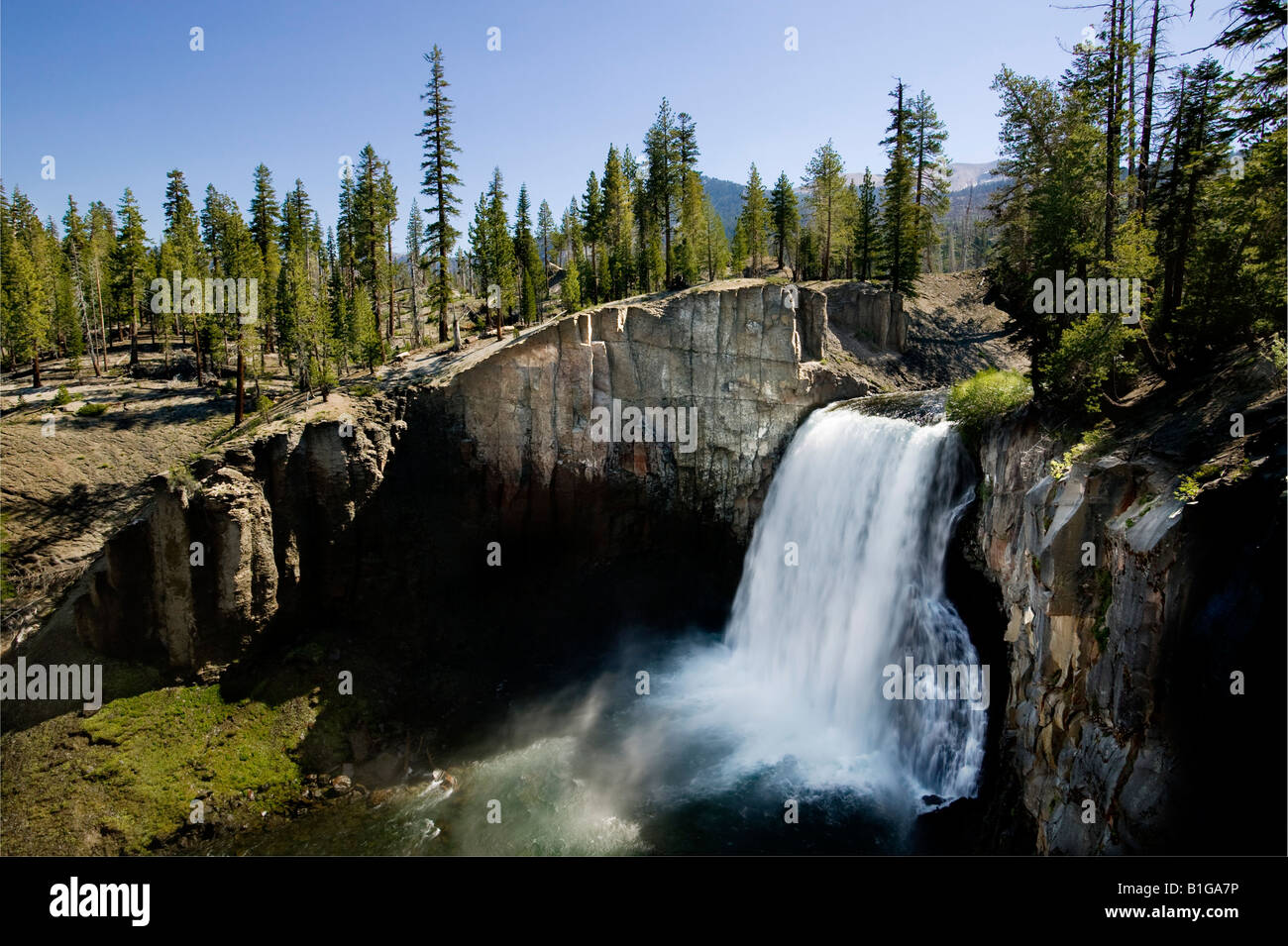 Rainbow falls Devils Postpile National Monument - Stock Image