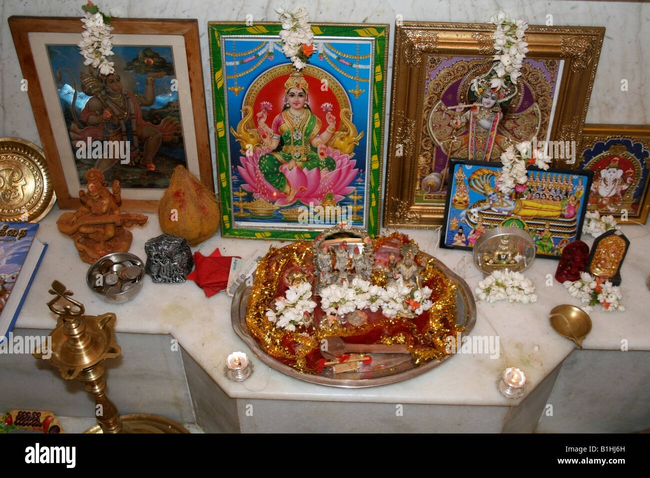 Hindu Shrine In A Home In India Stock Photo 18212505 Alamy