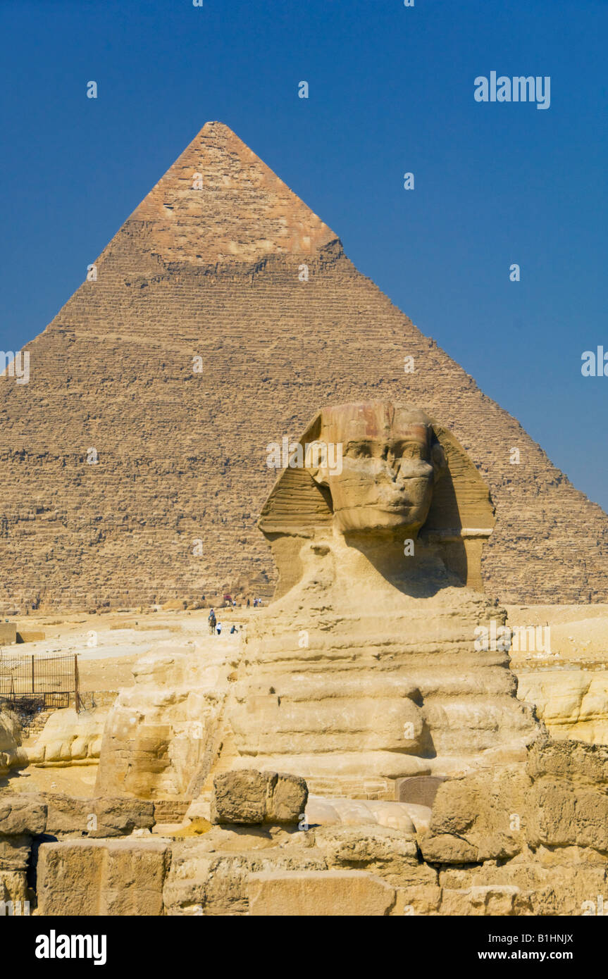 The Khafre pyramid and sphinx on the Giza plateau Egypt - Stock Image