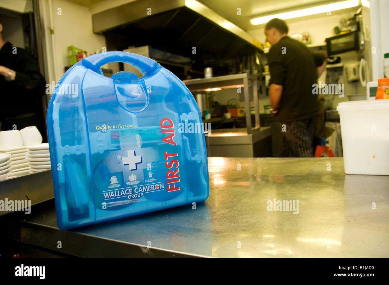 Modern Kitchen Kit Frieze - Modern Kitchen Set - dietmania.info