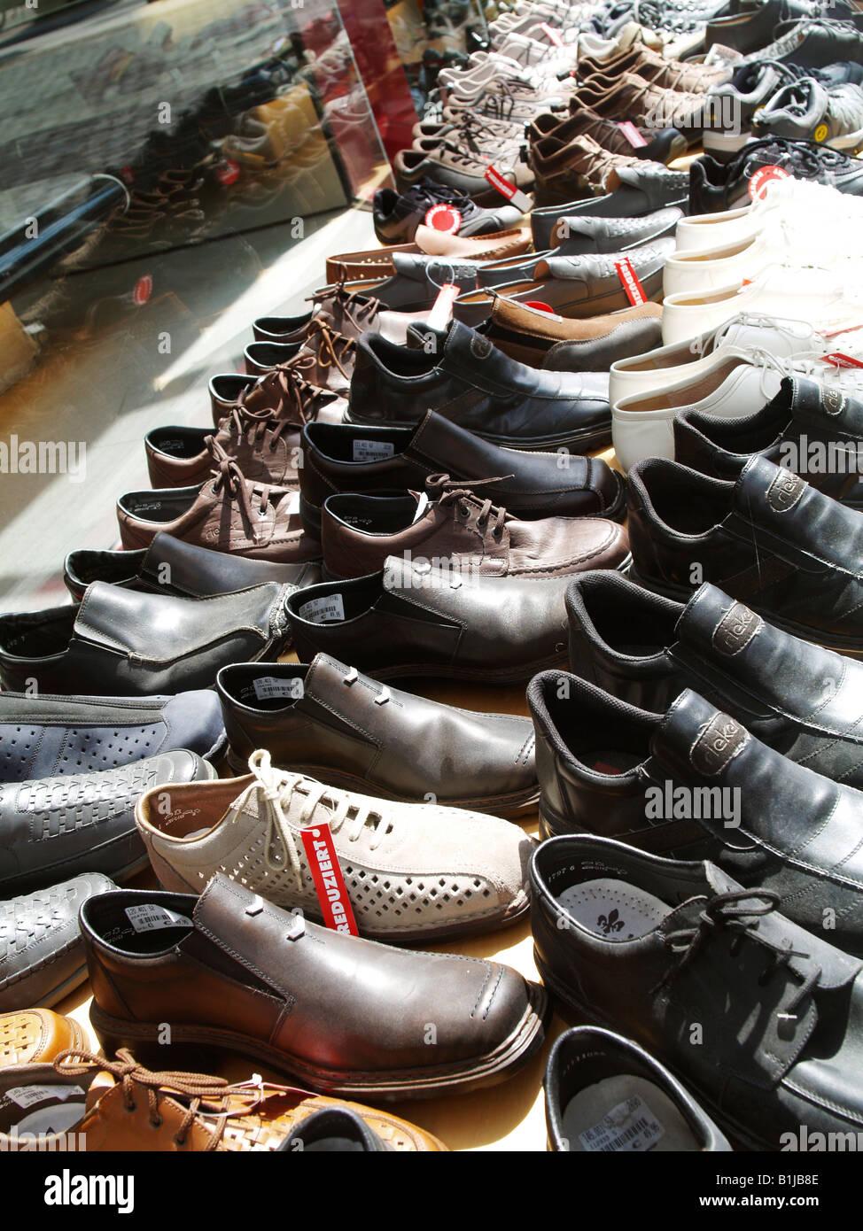 diverse mens shoes Stock Photo: 18229022 Alamy