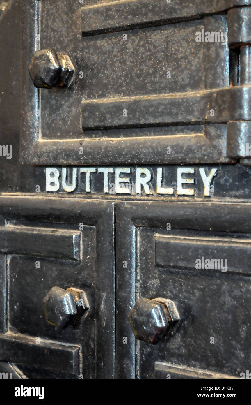 Butterley coal furnace door on the Stretham Old Engine. - Stock Image & Furnace Door Stock Photos u0026 Furnace Door Stock Images - Alamy