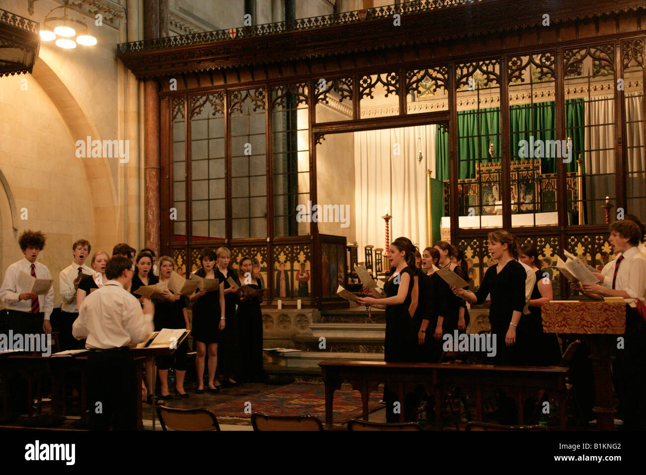 The Choir of Jesus College Cambridge singing evensong at the Crimean Church, Istanbul, Turkey - Stock Image