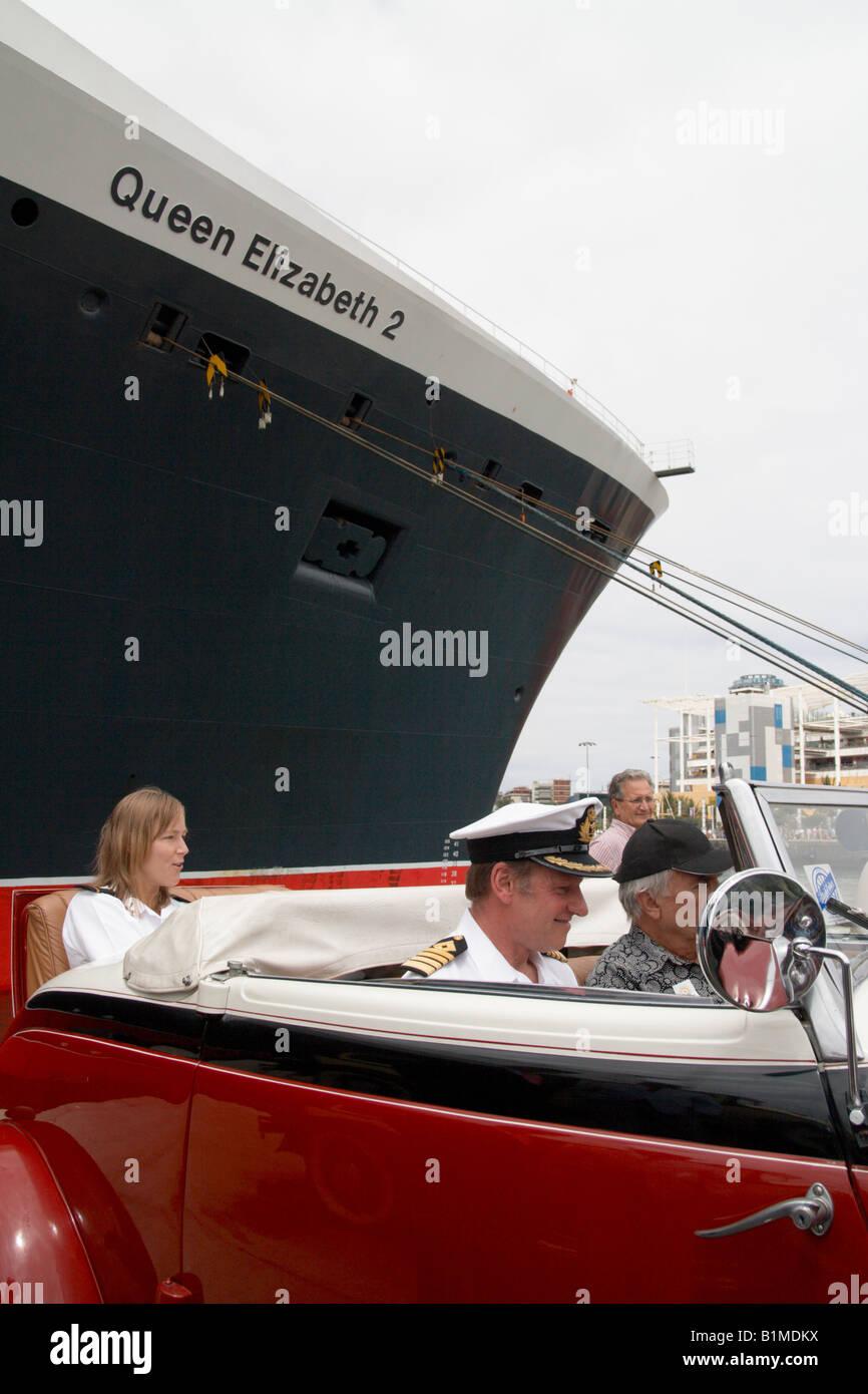 Captain Ian Mcnaught, Captain of the The Cunard line Queen Elizabeth 2 cruise ship. - Stock Image