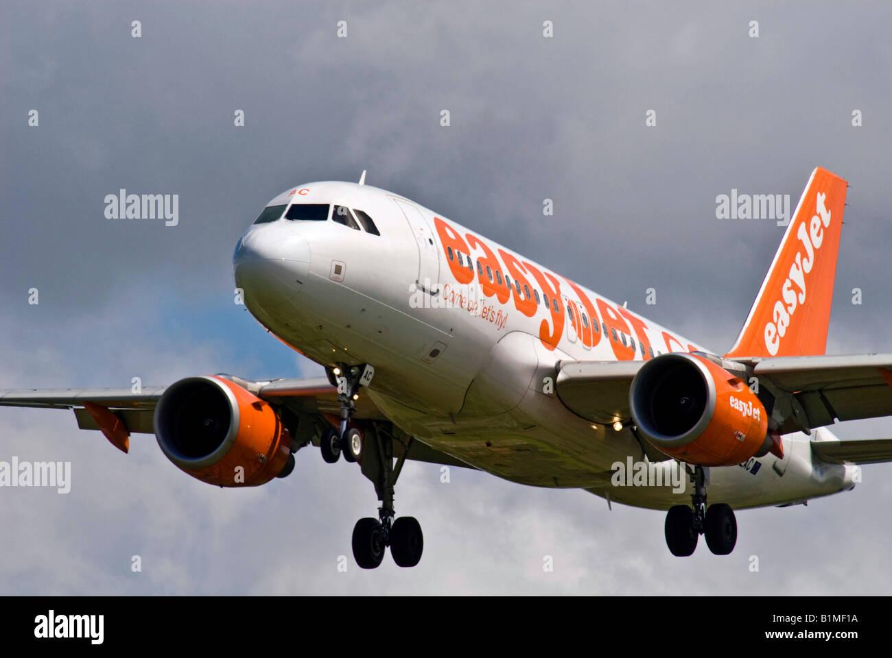 An Easyjet Airbus landing - Stock Image