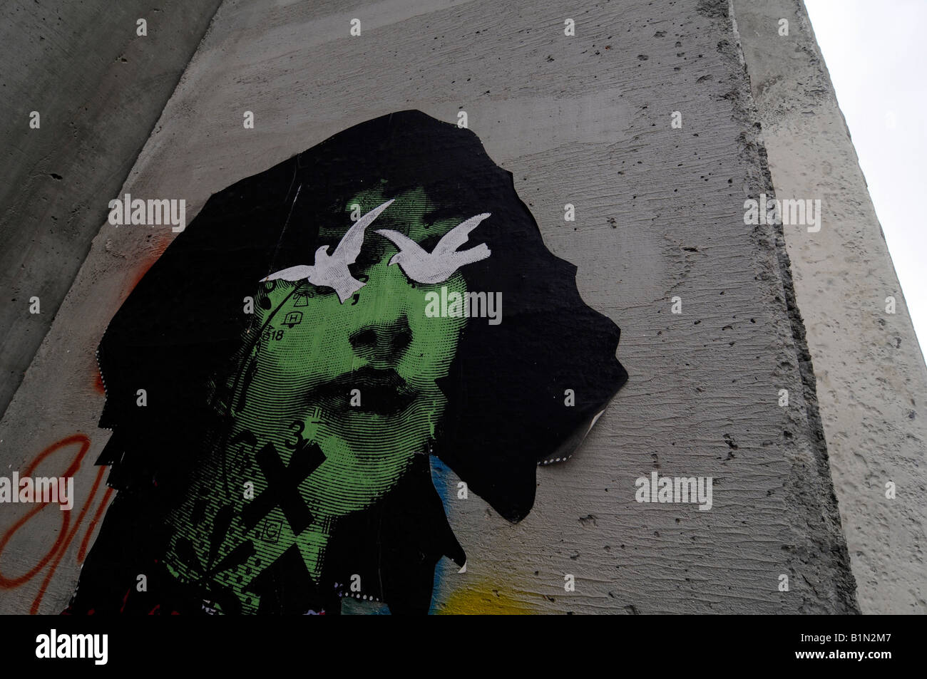 A graffiti on the controversial 'security fence', a wall built by the Israelis to separate themselves from - Stock Image