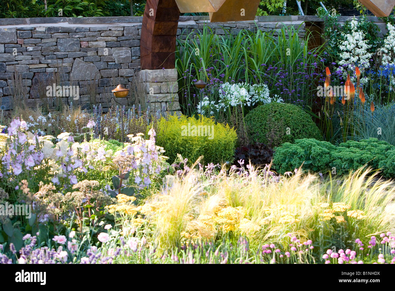 Mixed Planting In A Large Flower Bed Stock Photo 18299734 Alamy