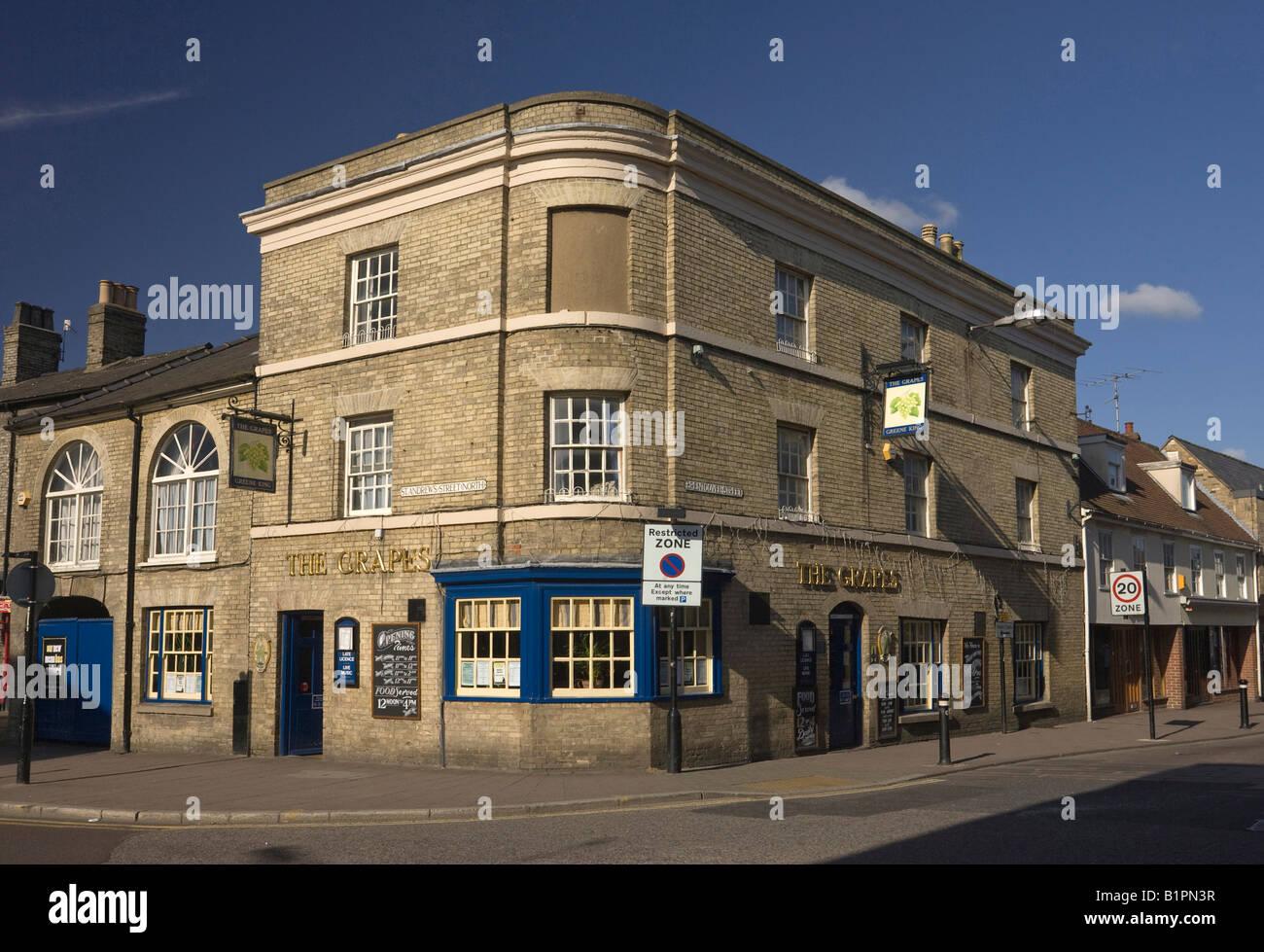 The Grapes Pub in Bury St Edmunds, UK - Stock Image