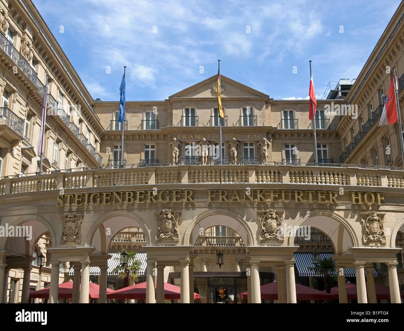 hotel luxus class Steigenberger Frankfurter Hof with facade storefront in Wilhelminian style in Frankfurt am Main - Stock Image