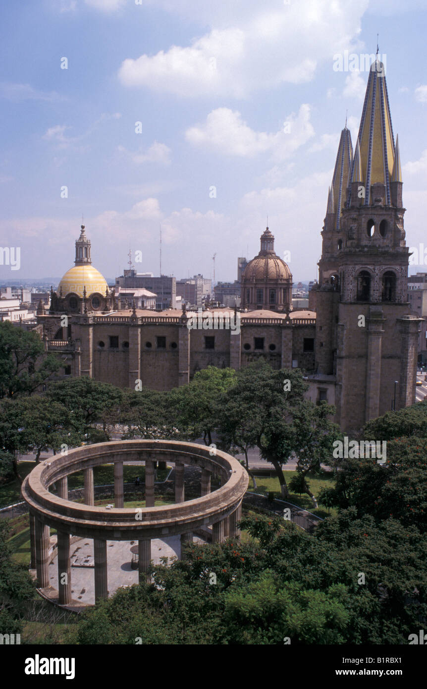 The Rotonda de los Hombres Jalicenses Ilustres or Rotunda of Illustrious Jaliscans monument and cathedral, Guadalajara, - Stock Image