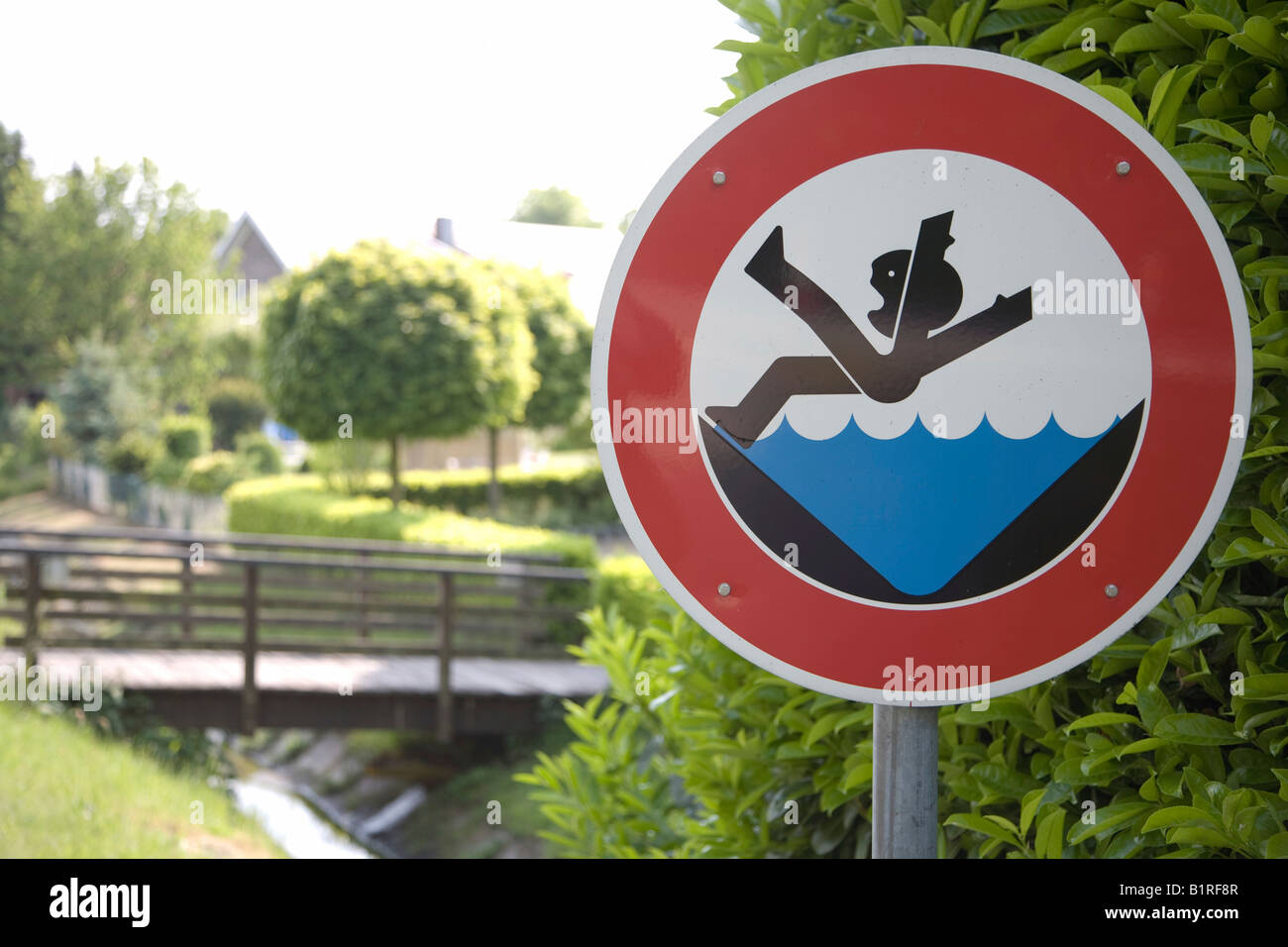 Warning sign in front of a bridge, joke sign, Raesfeld, Muensterland, North Rhine-Westphalia, Germany, Europe - Stock Image