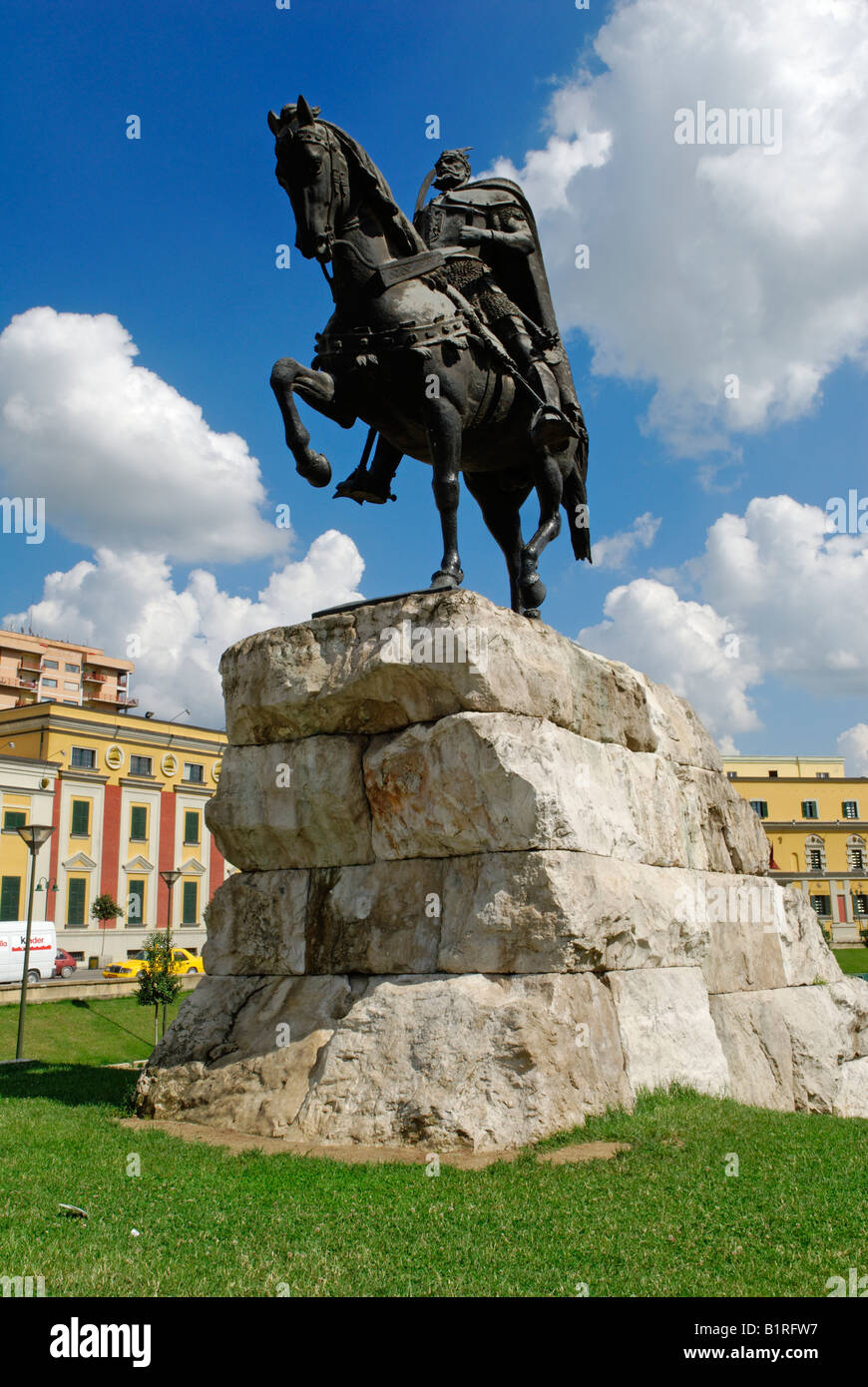 Skanderbeg monument in Skanderbeg Square in Tirana, Albania, Europe - Stock Image