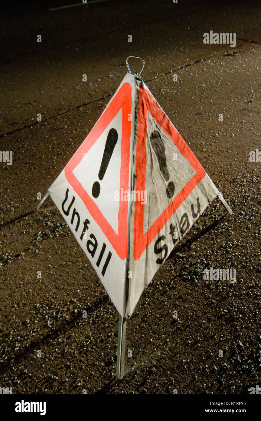Accident warning sign after a road accident on the A8 near Neuhausen, Denkendorf, Esslingen Region, Baden-Wuerttemberg, - Stock Image