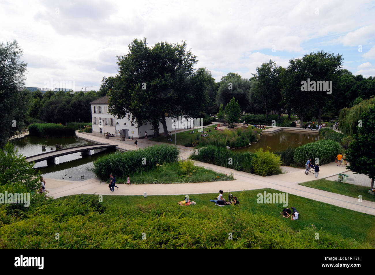 Overview of the Parc de Bercy, a garden landscaped in the 90s. Photo taken in Paris, France - Stock Image
