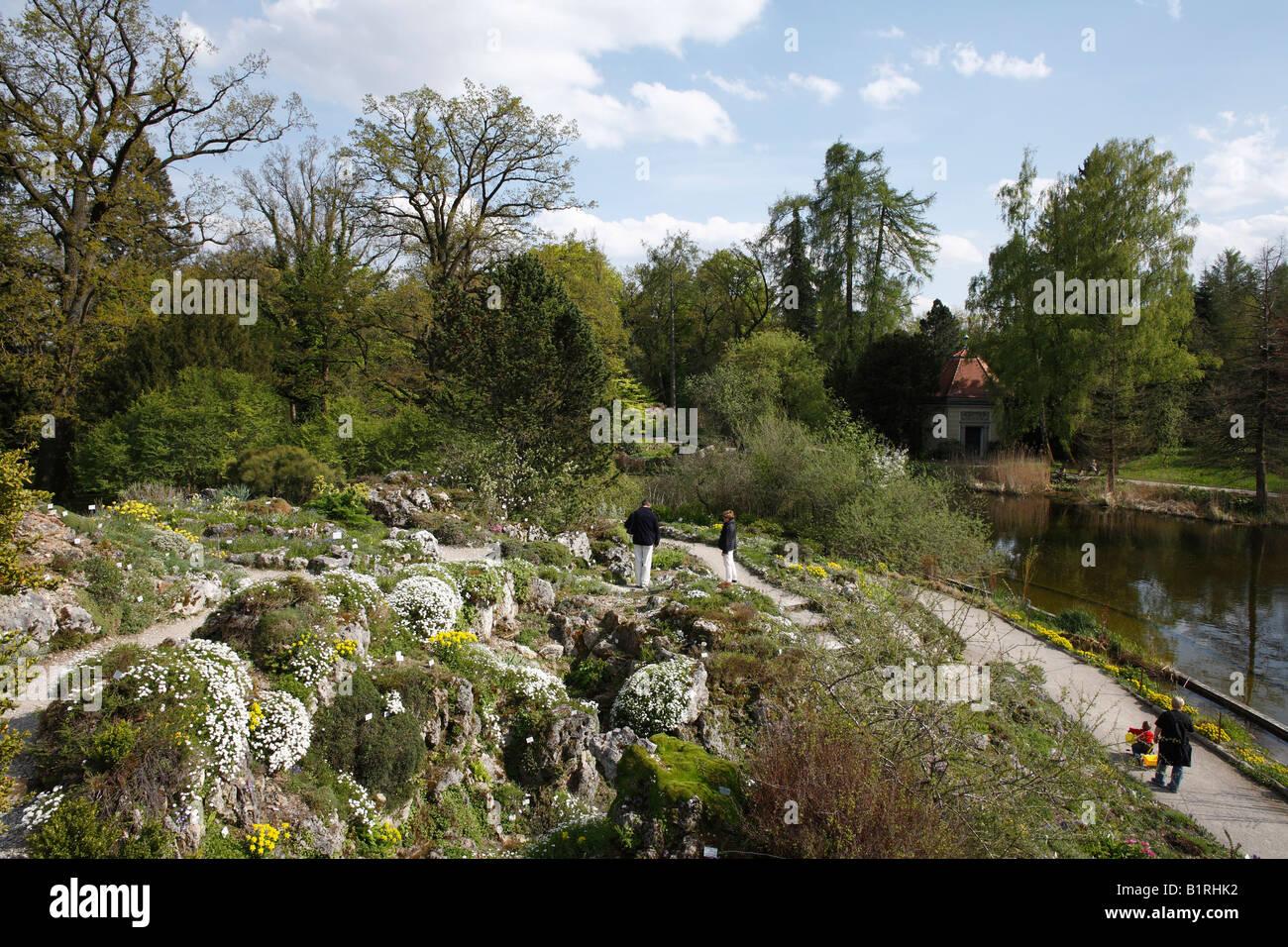 Alpine Garden Stock Photos & Alpine Garden Stock Images - Alamy