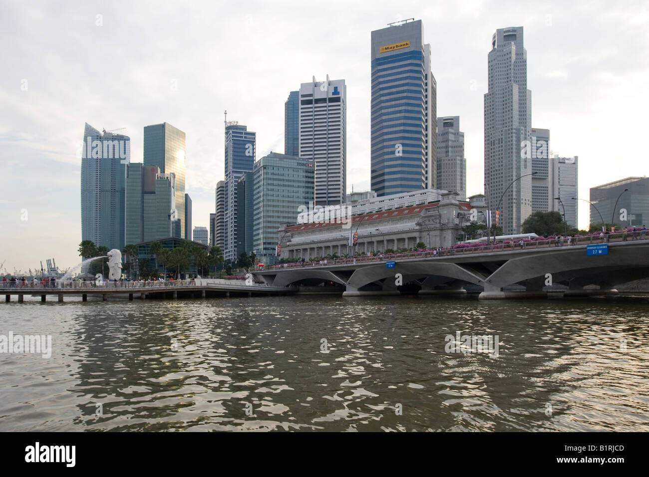 Financial District of Singapore behind Marina Bay, Singapore, Southeast Asia - Stock Image