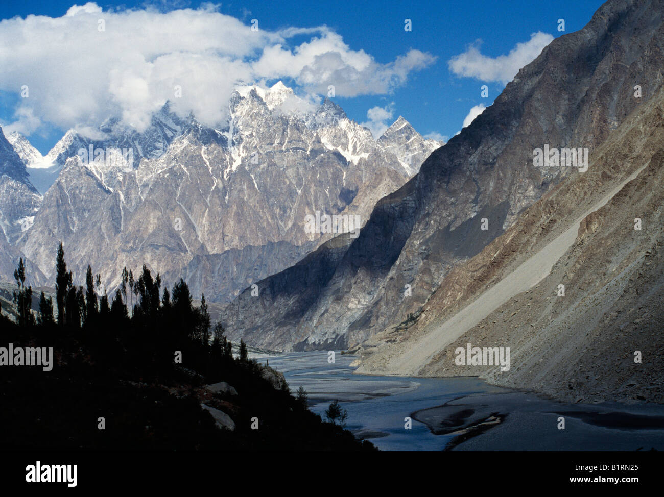 Sust, Hunza River, Karakorum, Northern Territories, Pakistan, Asia - Stock Image