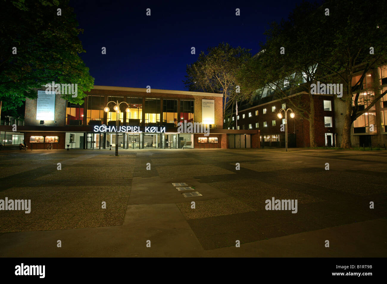 Schauspiel Koeln, Cologne Theatre, Offenbachplatz, Offenbach Square, Cologne, North Rhine-Westphalia, Germany, Europe - Stock Image