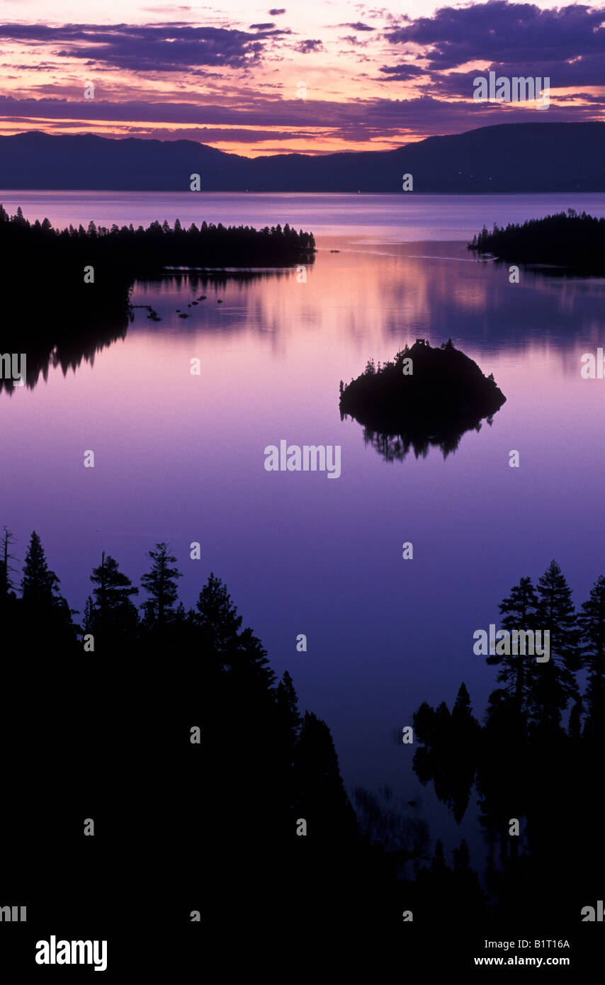 Lake Tahoe California Galaxy Note 3 Wallpapers Hd 1080x1920: Sunrise Over Emerald Bay, Lake Tahoe, California Stock
