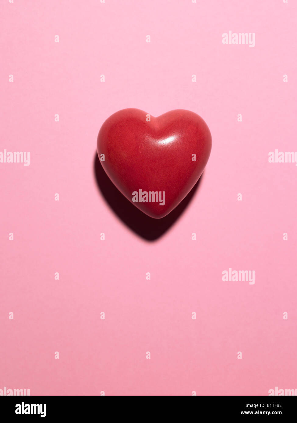 model heart on pink background - Stock Image