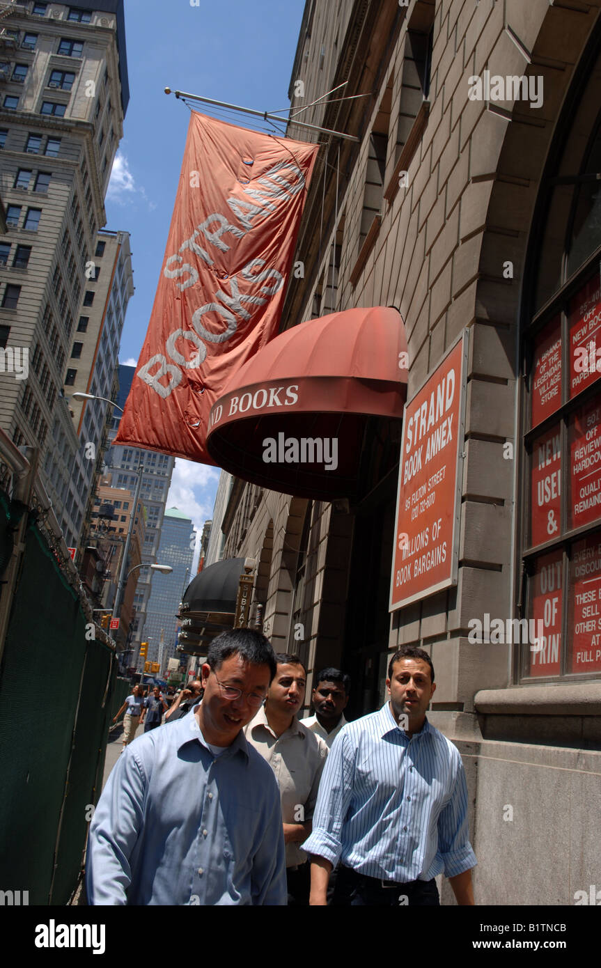 The Strand Book Annex on Fulton Street in Lower Manhattan in New York - Stock Image