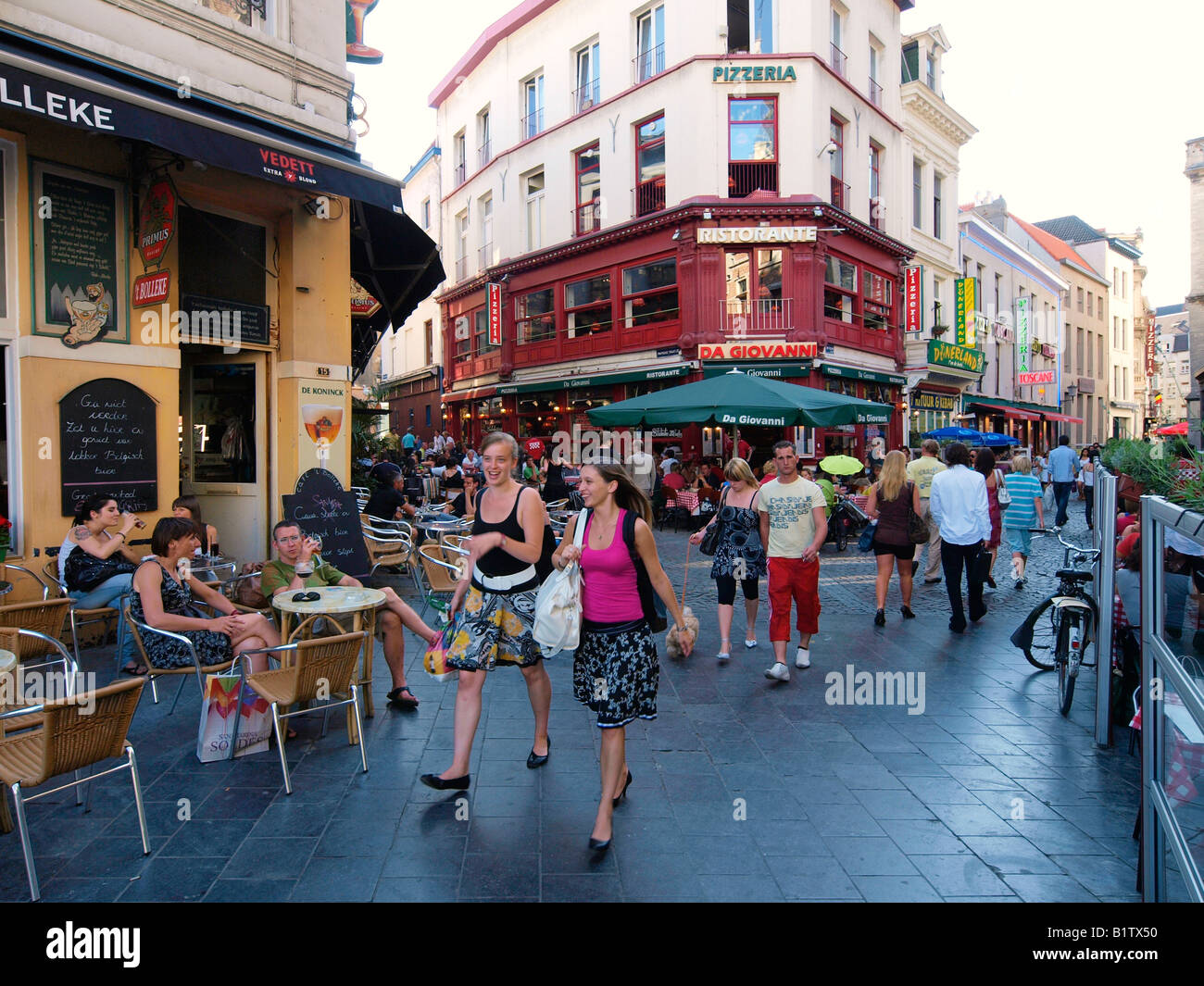 City Center Of Antwerp Belgium At The End Of The Afternoon With Lots Stock Photo Alamy