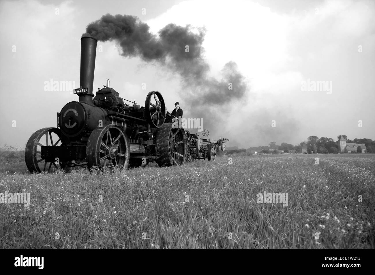 Traction Engine pulling cable plough - Stock Image