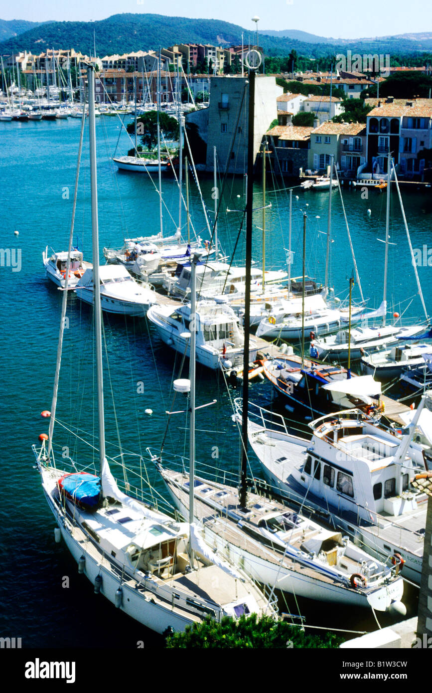 Port Grimaud Var South of France Mediterranean coast Sea harbour boats yachts sailing vessels - Stock Image