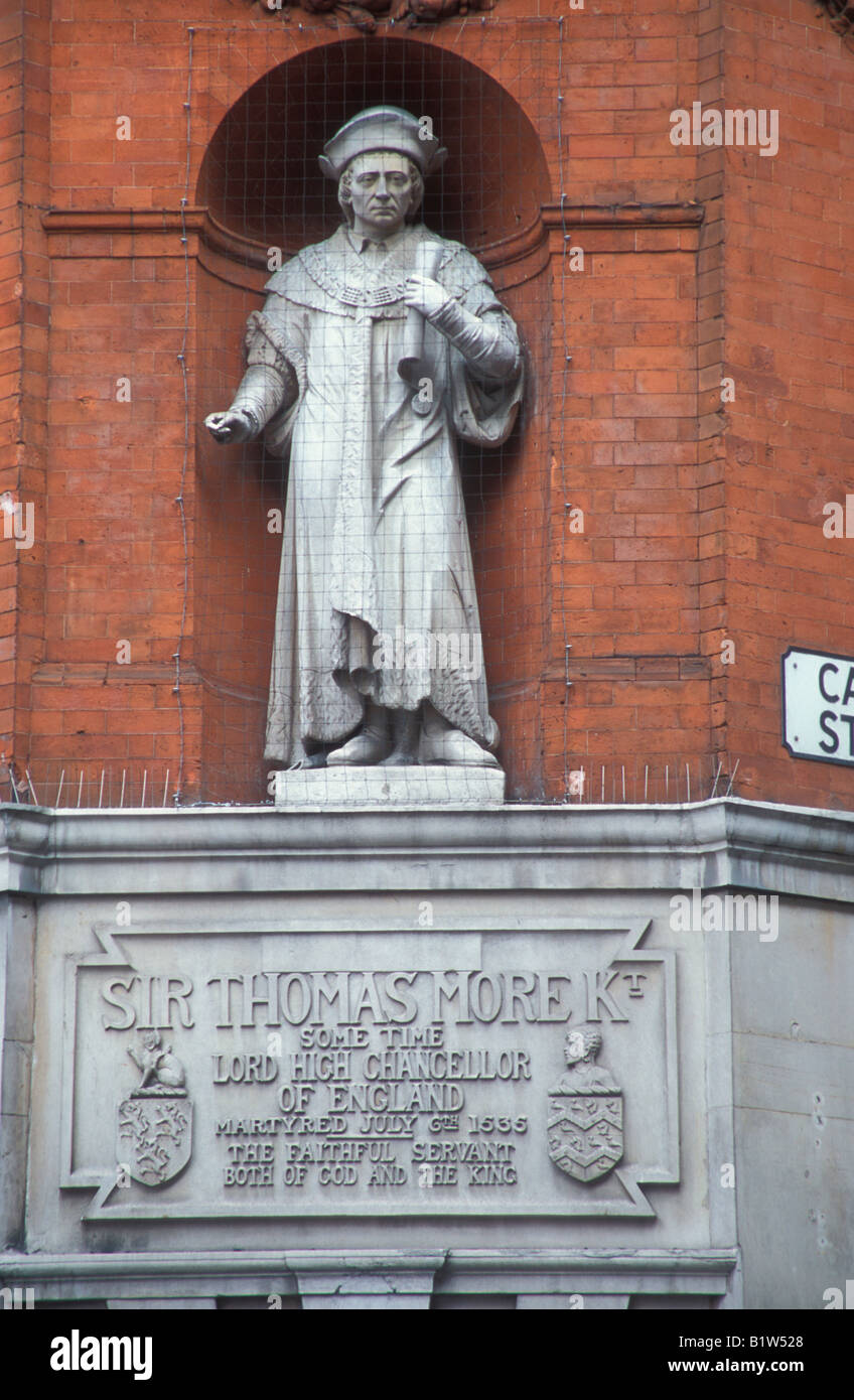 England London Statue of Sir Thomas Moore Lord High Chancellor of England under Henry VIII - Stock Image
