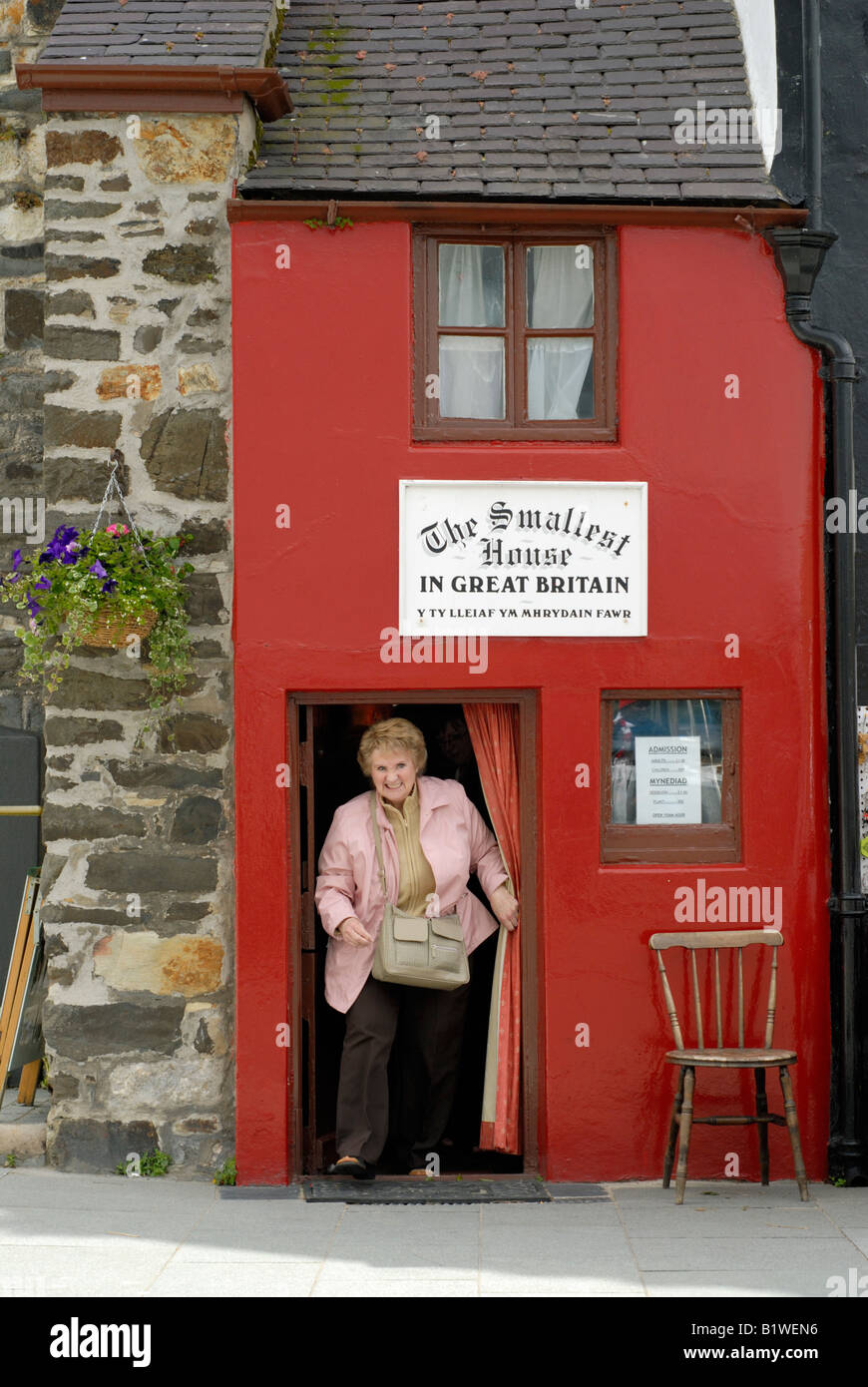 Smallest House Part - 31: Smallest House In Great Britain Conwy Wales UK - Stock Image
