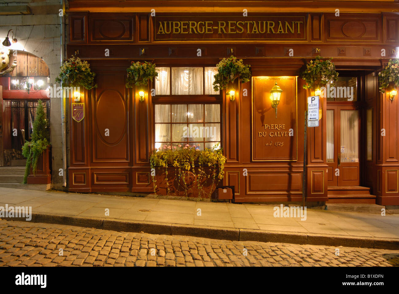 Auberge Bonsecours Hotel Montreal