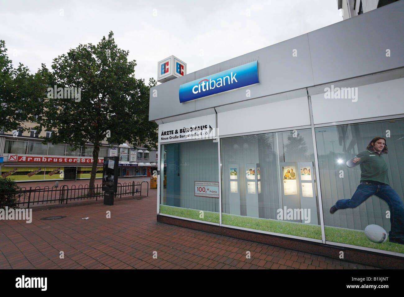 Citibank The Stock Photos Images Alamy Wiring Instructions For Office In Hamburg Germany Operates 340 Offices And Serves 33 Million Customers