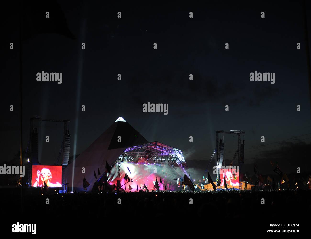 Glastonbury festival The Verve on the Pyramid stage Stock Photo