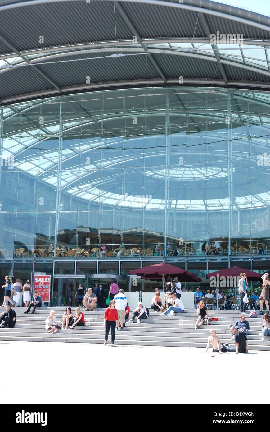 Norwich Forum and Millenium Plain - Stock Image