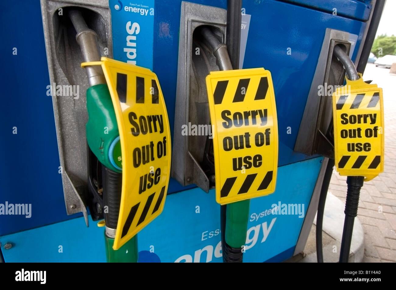 Petrol Pumps Stock Photos & Petrol Pumps Stock Images - Alamy