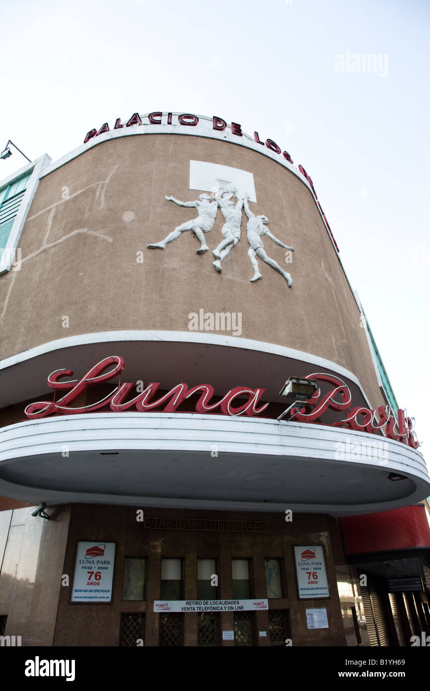 About the scenario of Luna Park