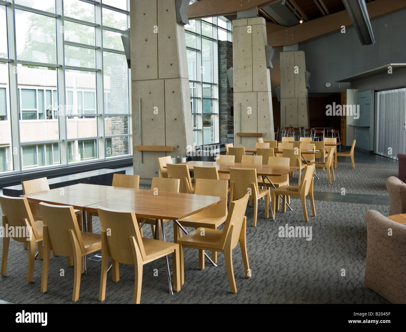 Commons interior with fritted glass panels, Swarthmore College Unified Science Center, Pennsylvania, USA - Stock Image