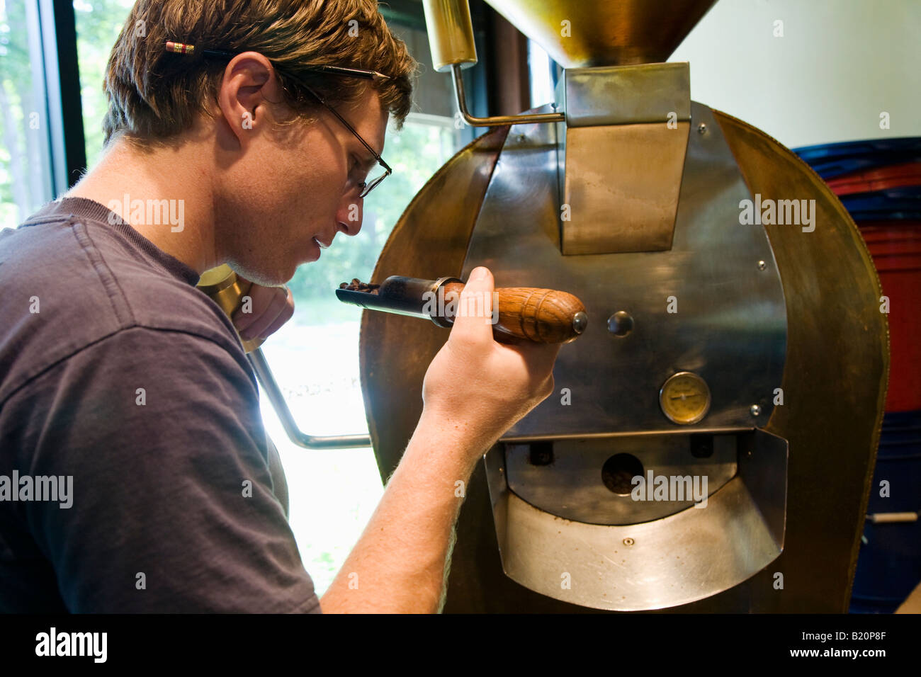 Coffee Roasting Stock Photos & Coffee Roasting Stock Images