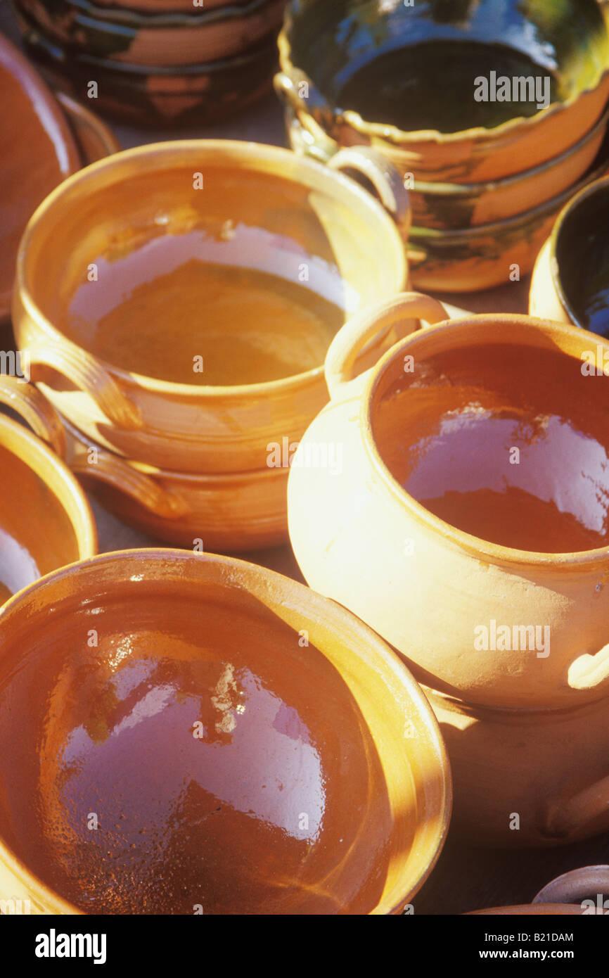 607fa5dbb7 pottery sold in the mercado Zaachila Oaxaca Mexico Stock Photo ...