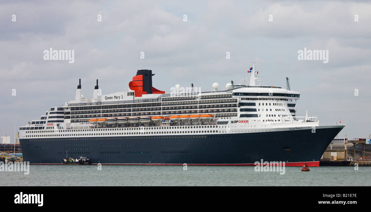Cunard liner Queen Mary 2 docked in her home port of Southampton Hampshire England - Stock Image