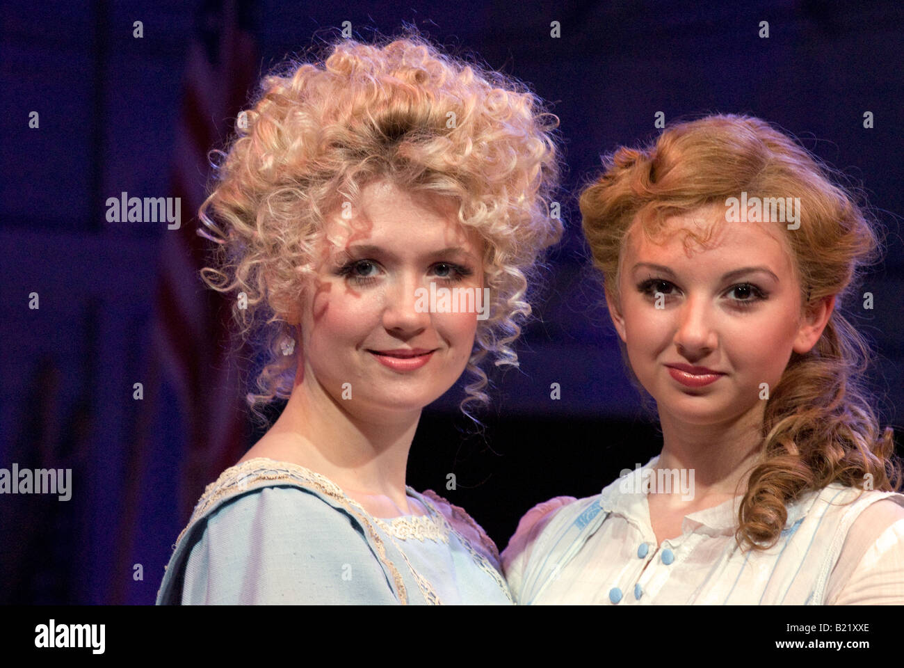 Watch Scarlett Strallen video