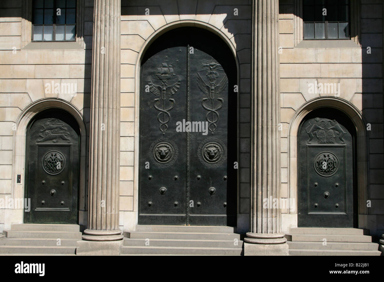 grand  entrance doors bank of england The Old Lady of Threadneedle Street city of london england uk gb - Stock Image