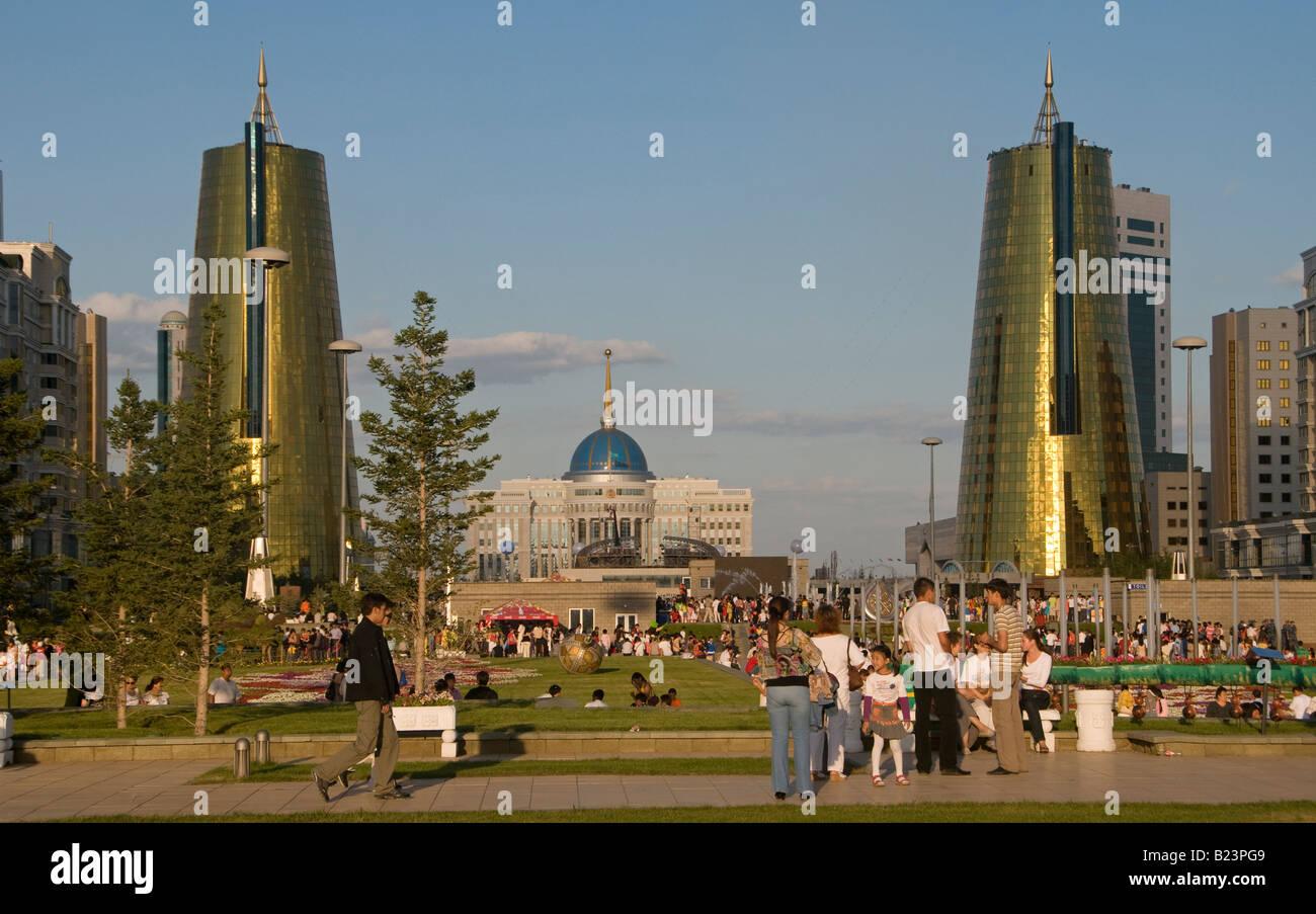 Nurzhol Boulevard, or 'Radiant Path in center of Astana capital of Kazakhstan - Stock Image