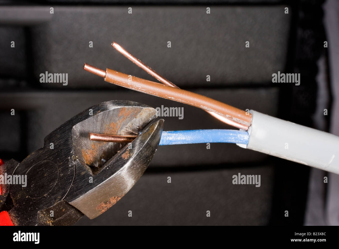 Cable Wires House Stock Photos & Cable Wires House Stock Images - Alamy