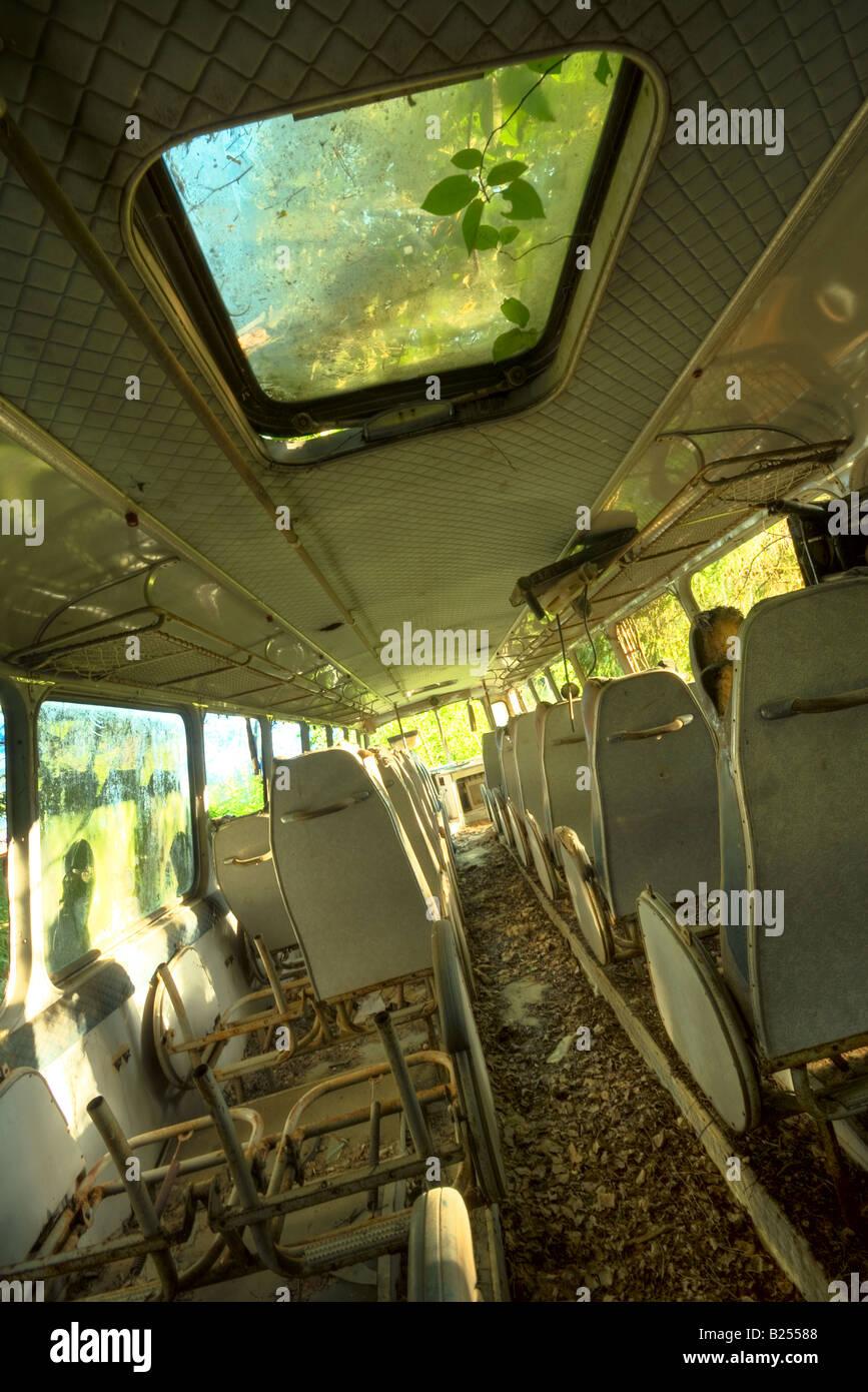 Abandoned bus - Stock Image