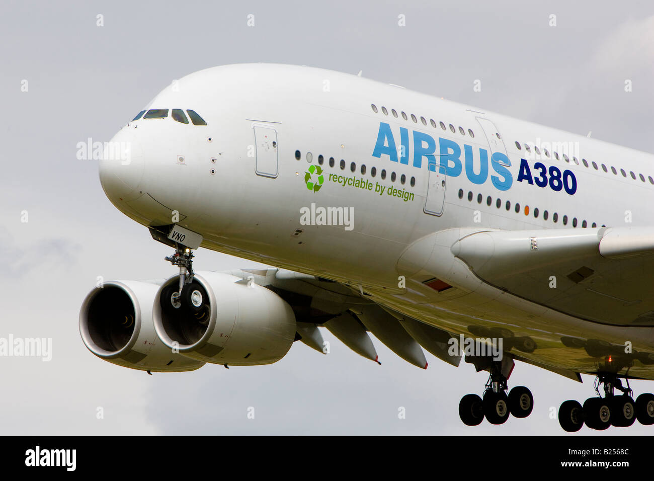 Airbus A380 double-deck wide-body airliner F-WWDD - Stock Image