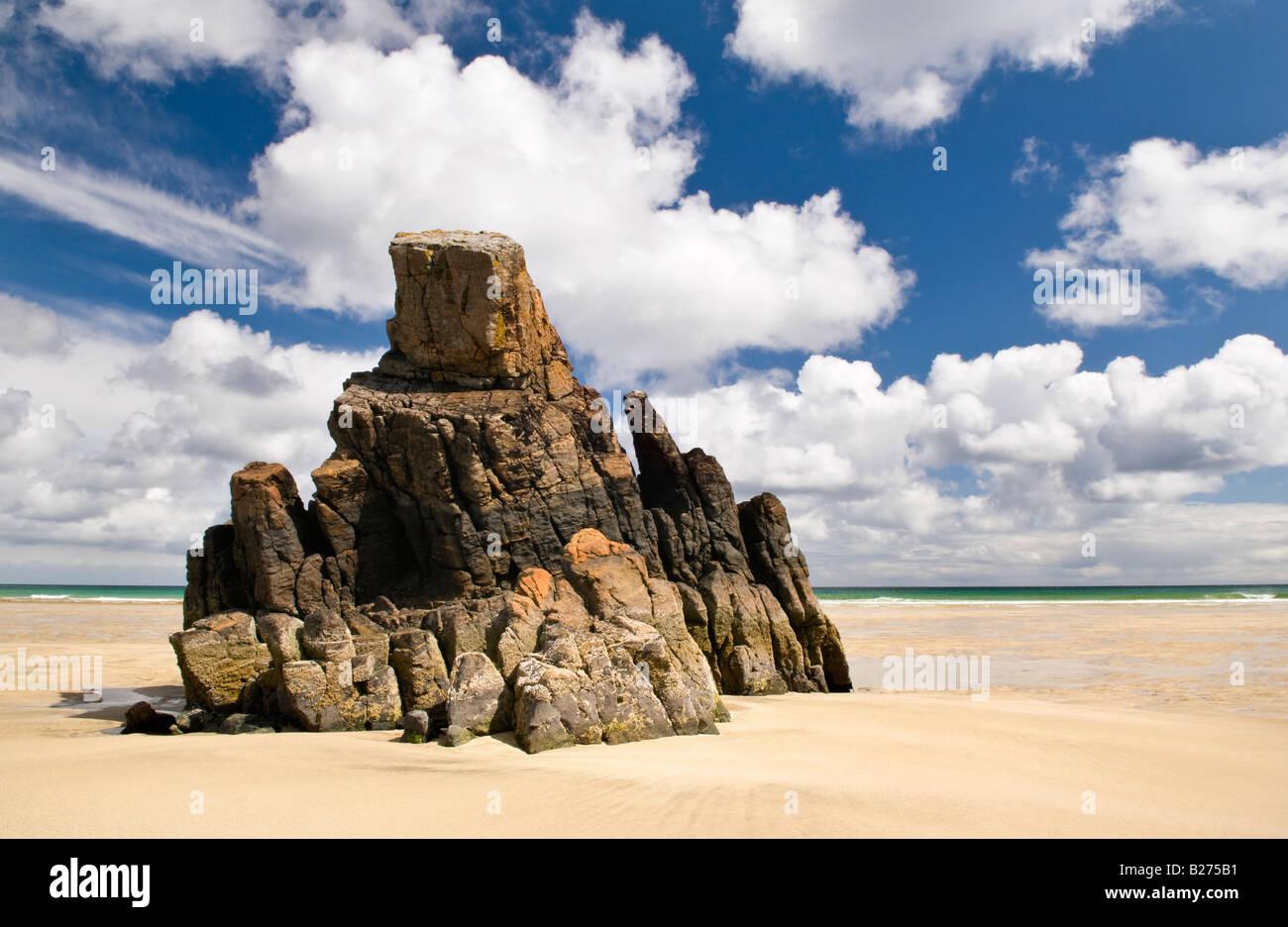 Sea stack on Garry beach, Isle of Lewis, Hebrides, Scotland, UK - Stock Image