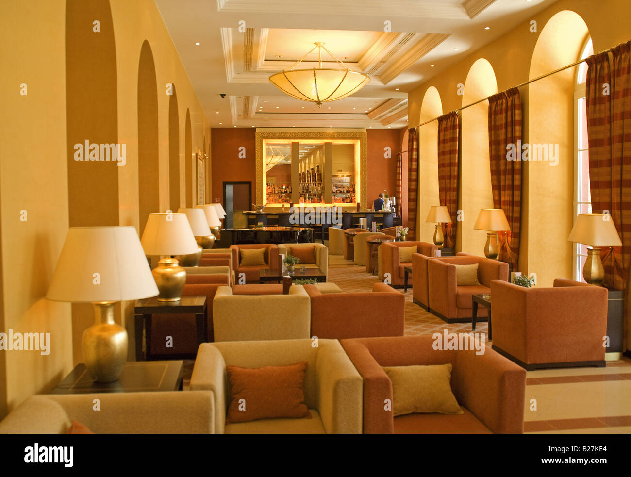 Hilton Hotel Lobby Stock Photos & Hilton Hotel Lobby Stock ...