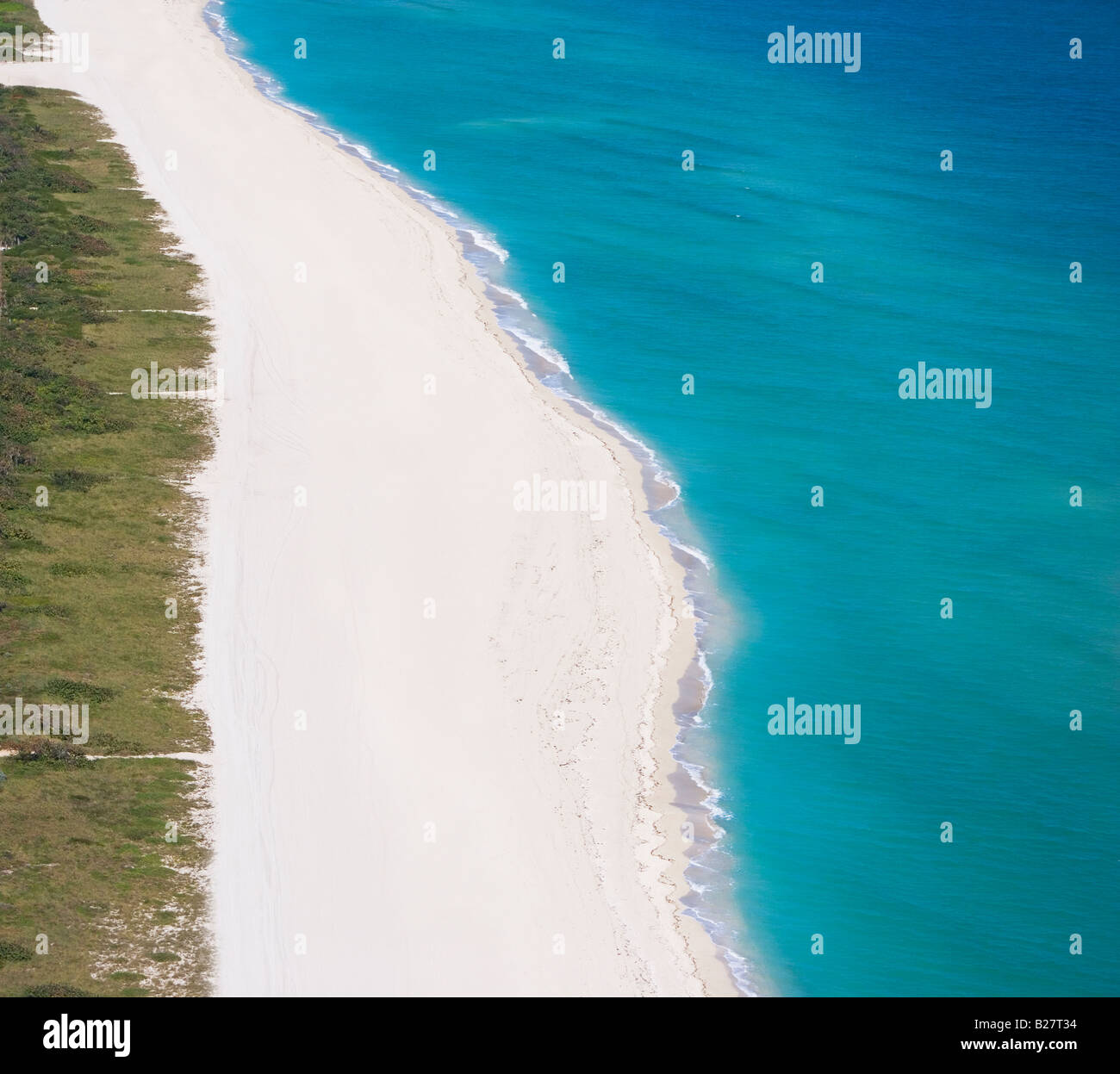 Aerial view of shoreline - Stock Image